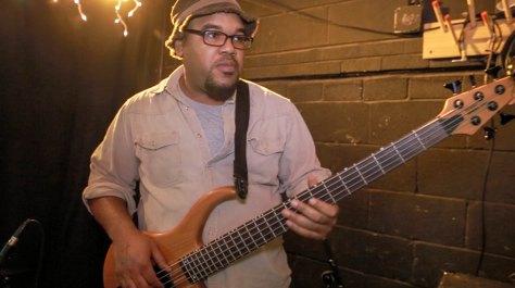 Bassist, Wil Bond